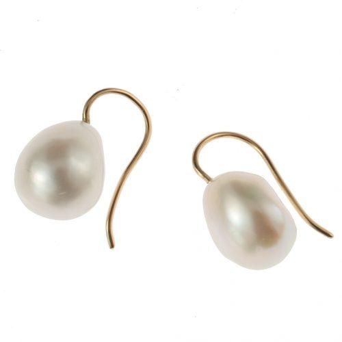 boucles d oreilles en or forme col de cygne et perles baroques d eau douce. Black Bedroom Furniture Sets. Home Design Ideas